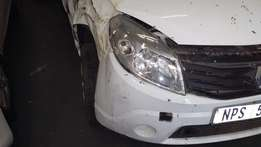Kai Motors Stripping a Renault Sandero 1.6 2011