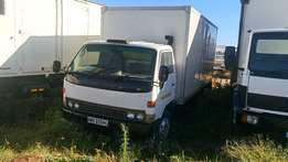 Toyota Dyna 7-125 4TN Truck For Sale
