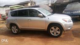 Very Clean Registered 2006 Rav4 Toyota 2.2mil