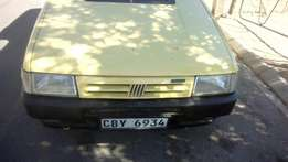 Fiat Uno fire for sale R15000 price slightly negotiable