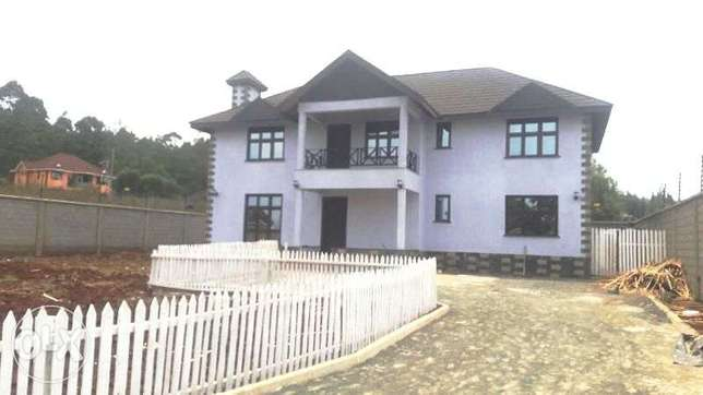 Contemporarily new 4 bedroom stand alone house for sale in Kerarapon Kerarapon - image 1