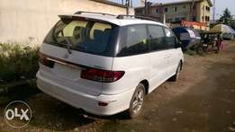 Very Clean Tokunbo Toyota Previa 04