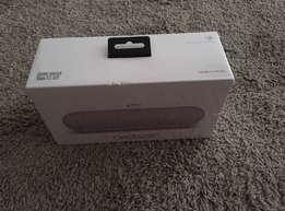 Original white Beats pill plus Bluetooth speakers