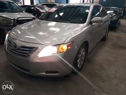 Extremely clean Toyota Camry hybrid