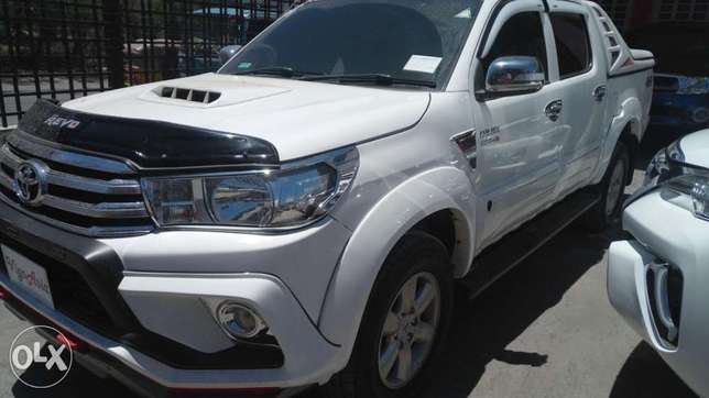 Toyota Hilux Double cab KCP number 2011 Model. Facelift 2016 Loaded w Mombasa Island - image 1