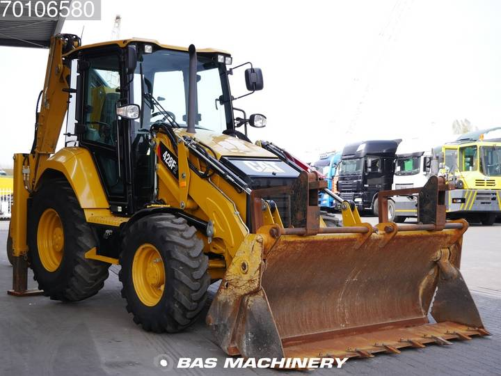 Caterpillar 428F2 Nice Clean Machine / AC - 2015 - image 3
