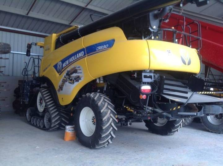 New Holland cr 8.90 smart track - 2018