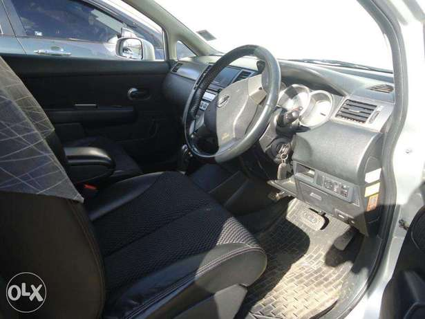 Well-maintained Nissan Tiida, first owner Nairobi CBD - image 3