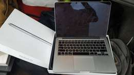 MacBook Pro Yankee used core i5 128gb/ 8gb ram for sale
