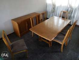 8 pcs Dining room suite for sale
