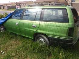 1995 Opel Astra 1600 for stripping parts