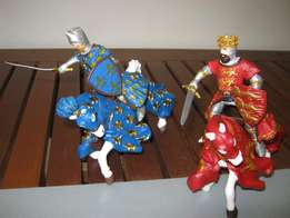 Two Knights with two Horses Figurines. Brand new!