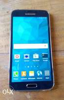 V. Clean UK used Samsung Galaxy s5 (16gb) with fingerprint