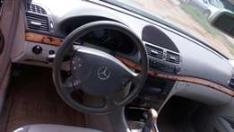 Neatly used E320 Benz for sale