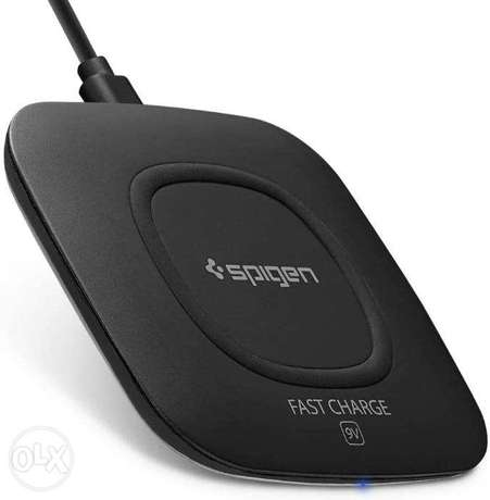 Fast Wireless Charger 10W / 5W for Galaxy, HTC, Iphone, QIi devices