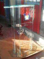 Simple podiums clear glass