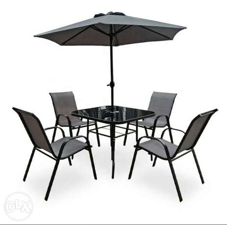 Rome Patio Set with 4 chairs and Umbrella