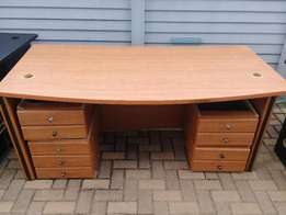 Office Desk - Was R1980 - NOW R699