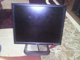 "TFT flat monitor 19"" inch Dell"