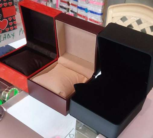 Wrist Watches at wholesale Thika - image 3