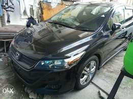 2011 model Honda Stream c/w spoiler KCP number