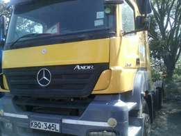 Mercedes axor 2543 selling at 1.5m .