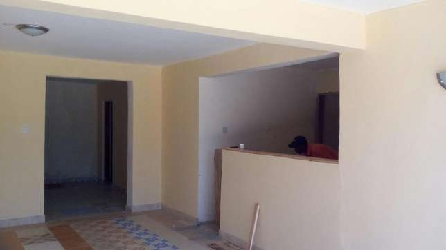 Self contained rooms with free water and electric Kisumu CBD - image 4