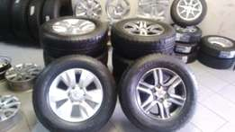 Special 17'' Toyota fortuna/hilux original new shape 17'' mags and new