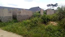 Distress sale!! Uncompleted 2bedroom and Selfcontain At Ogbogoro PH