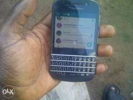 Q10 for sale or swap