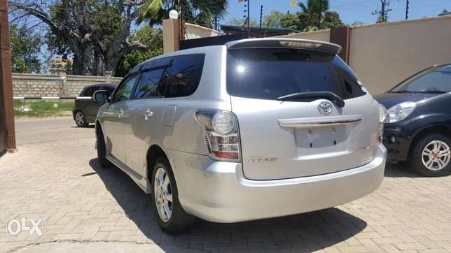 Toyota fielder aero tourer si edition loaded with sports spoiler SILVE Mombasa Island - image 2