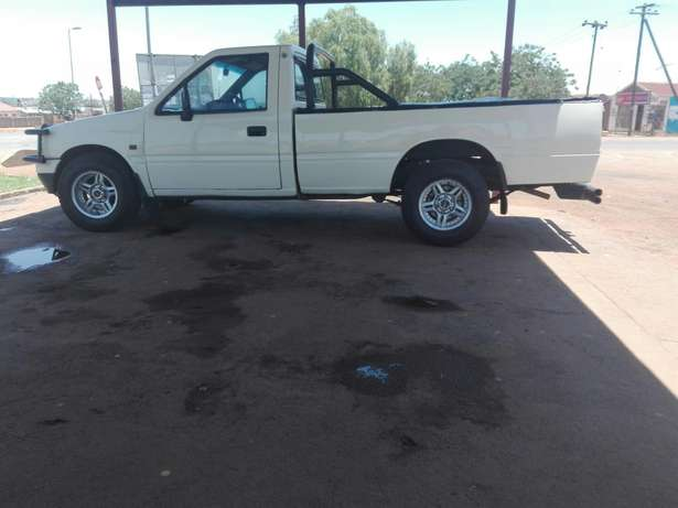 ISUZU KB280 for sale Soshanguve - image 1