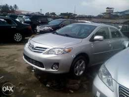 Toyota corolla LE in stores