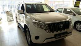 new toyota prado 3.0D TX 4X4 AT on special only 1 call me now