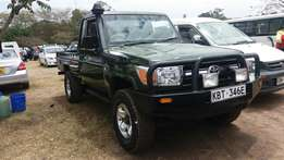 Toyota landcruiser pick up