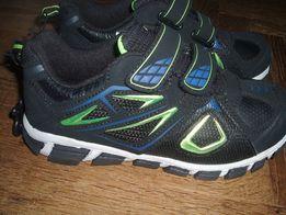 Нові кросівки для хлопчика розмір 2(32) Star USA 605dca0aa1f7b