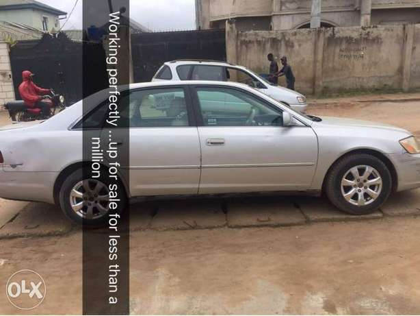 ADORABLE MOTORS: A clean first body, well used 03 Toyota Avalon Lagos Mainland - image 3