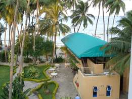 Beach Front Serviced 4Star Resort, 2 Bedroom furnished apartment
