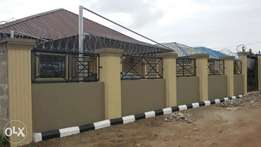 Room and parlour self contained at Iyana Iyesi, Ota.