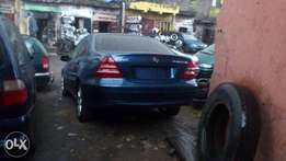 A sparkling clean foreign used 05 Mercedez C230 Kompressor