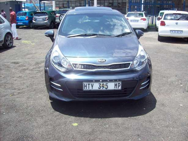 Kia Rio 1.5 2016 Model,5 Doors factory A/C And C/D Player Johannesburg CBD - image 1