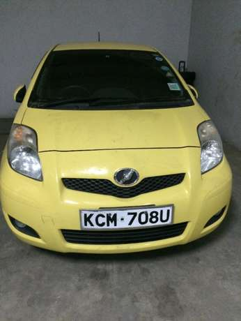Toyota vitz very clean and still new Mombasa Island - image 1