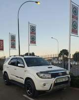 Toyota Fortuner 3.0 D4D 4x2 R/B manual