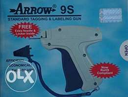Arrow tagging gun