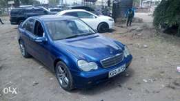 Mercedes Benz C 180 Kompressor ,extremely clean. Buy and drive