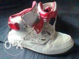 its original and its a lether shoes