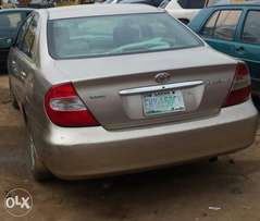 Clean used 2003 toyota camry for 830k