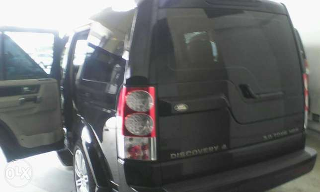 Range Rover Discovery 3.0 cc X UK loaded with triple sunroof Mombasa Island - image 7