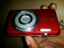 Samsung digital camera ES80