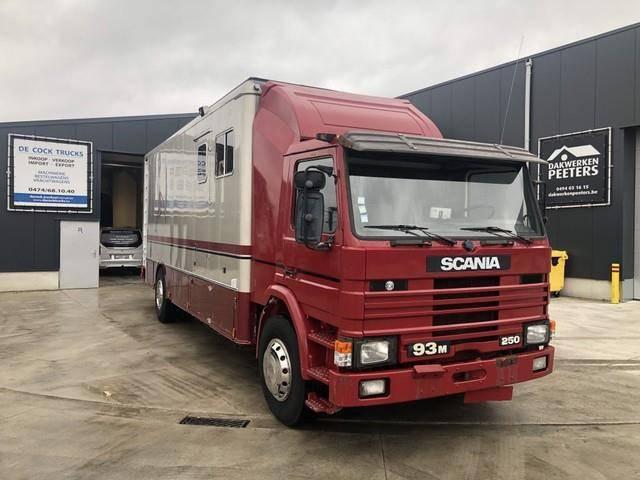 Scania 93M 250 4 PAARDEN - 1990